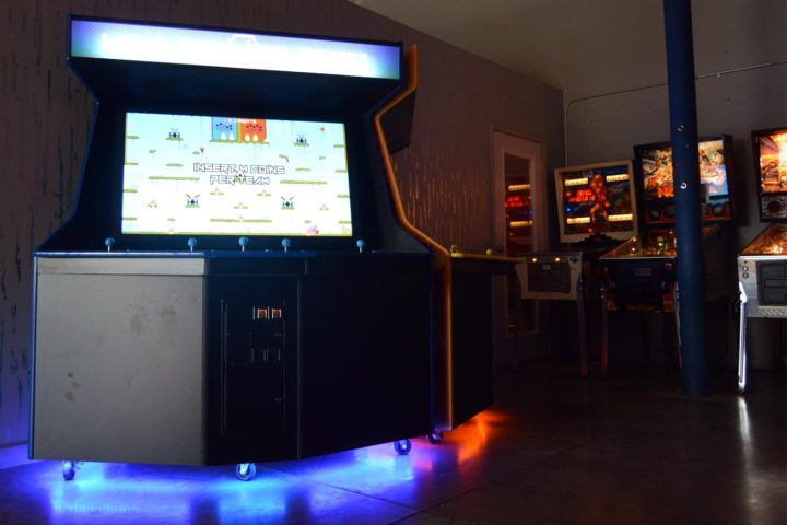 Killer Queen, a 10-person arcade game, is now at ALT Brew