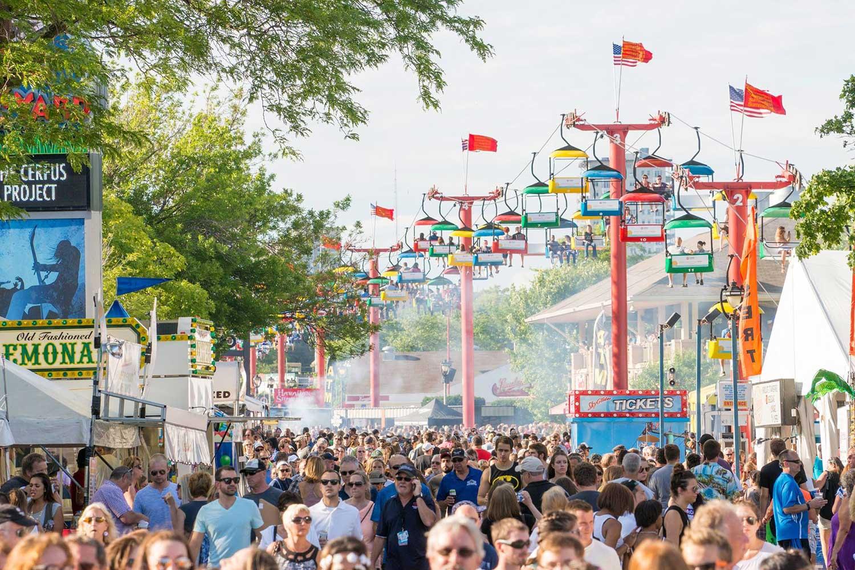 Summerfest walking crowd