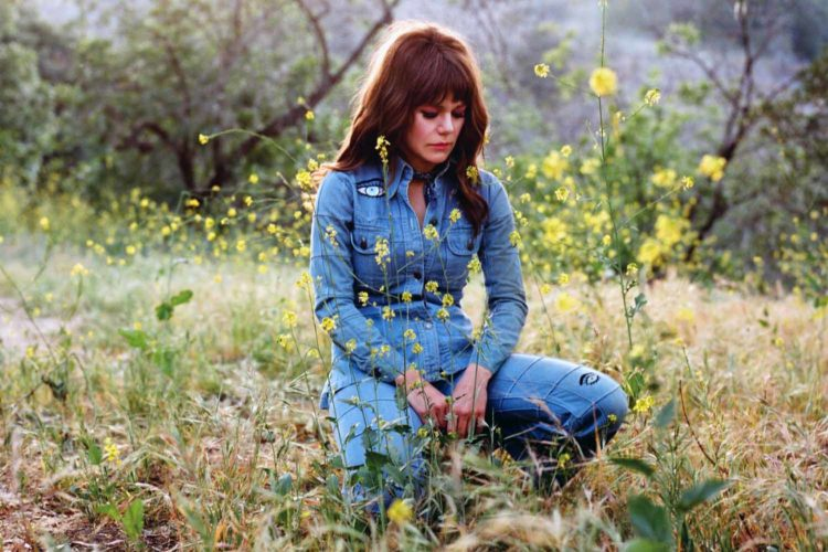 Jenny Lewis deals with death, heartbreak on new album
