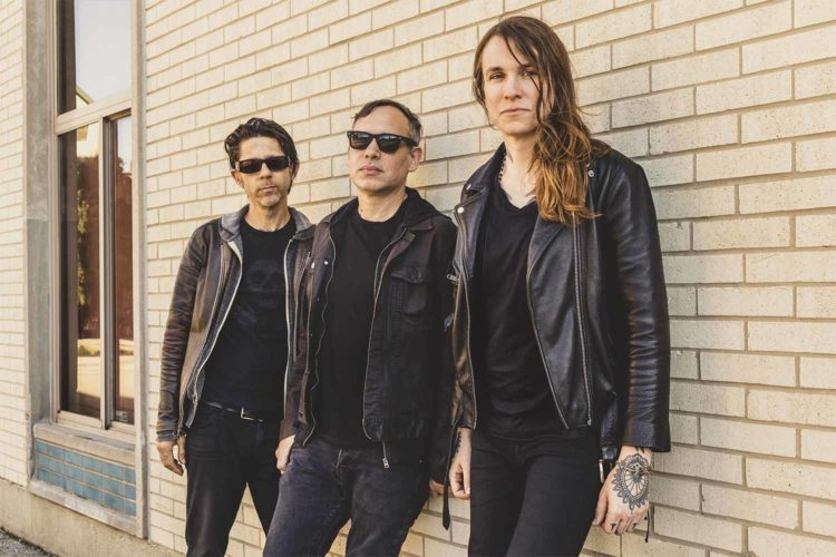 Win 2 tickets to Laura Jane Grace & the Devouring Mothers at Majestic